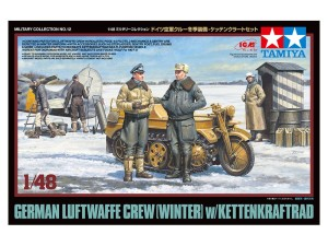 TAMIYA 32412 1:48 German Luftwaffe Crew (Winter) w/Kettenkraftrad
