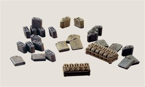ITALERI 0402 1:35 JERRY CANS
