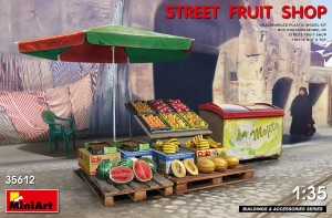MINIART 35612 1:35 Street Fruit Shop