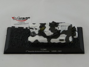 DIE-CAST #20 1:72 T-72M1  1ST GUARDS ARMORED DIVISION USSR - 1981