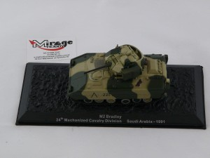 DIE-CAST #40 M2 BRADLEY  24TH MECHANIZED CAVALRY DIVISION SAUDI ARABIA - 1991