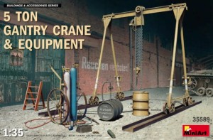 MINIART 35589 1:35 5 Ton Gantry Crane & Equipment