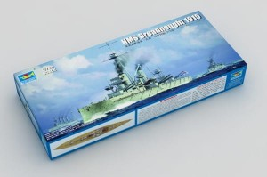 TRUMPETER 06705 1:700 HMS Dreadnought 1915